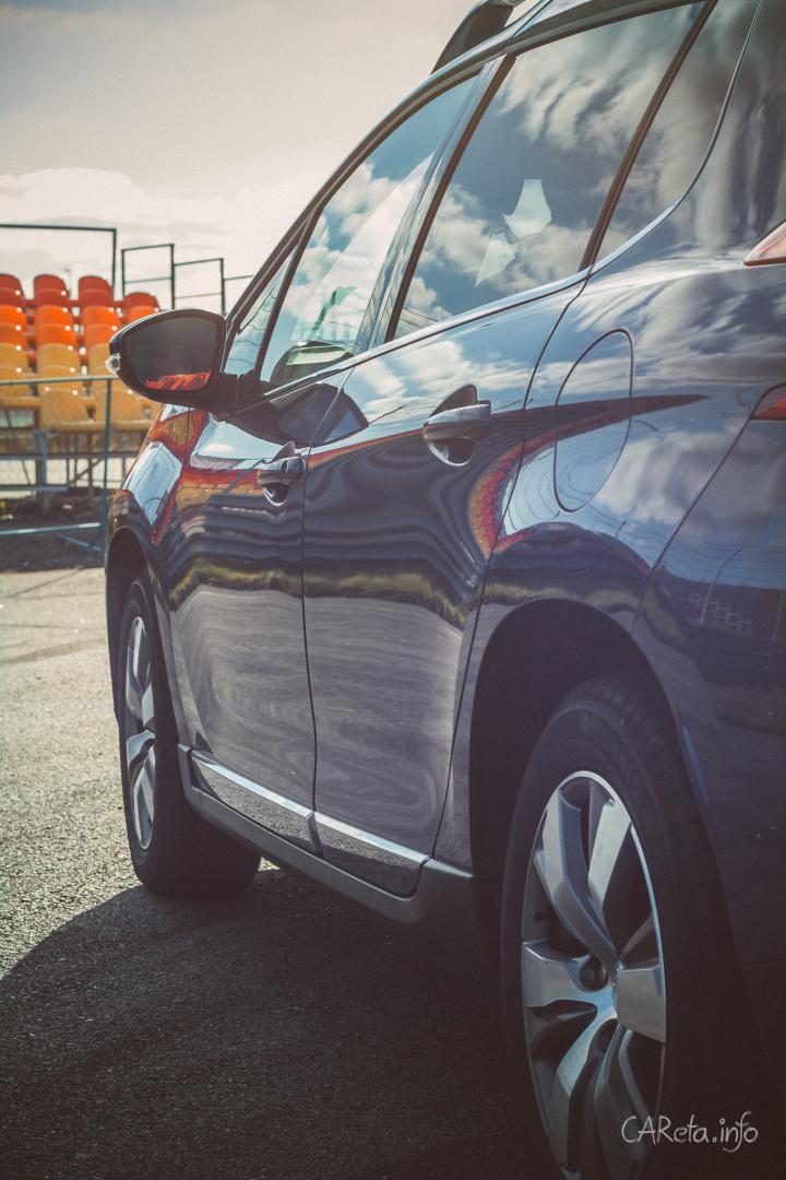 Peugeot 2008. Абсолютно мужской автомобиль.