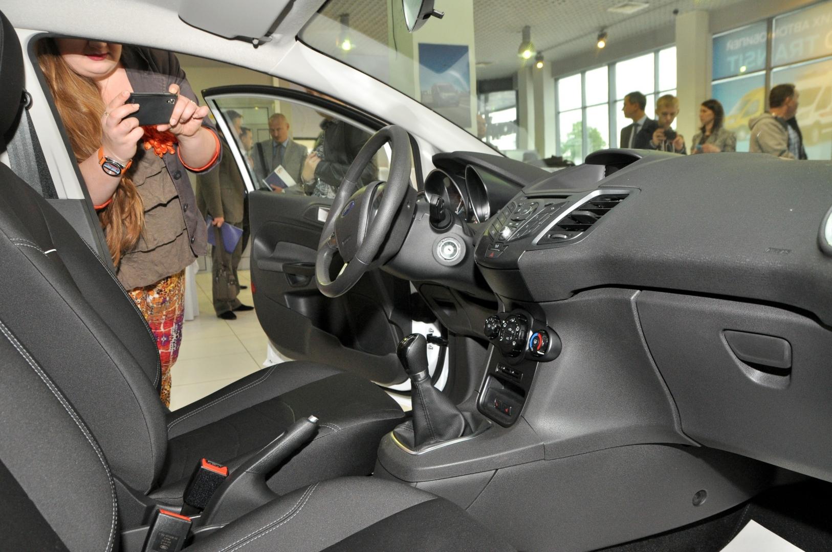 Популяризация Ford Transit и новая Ford Fiesta 2015