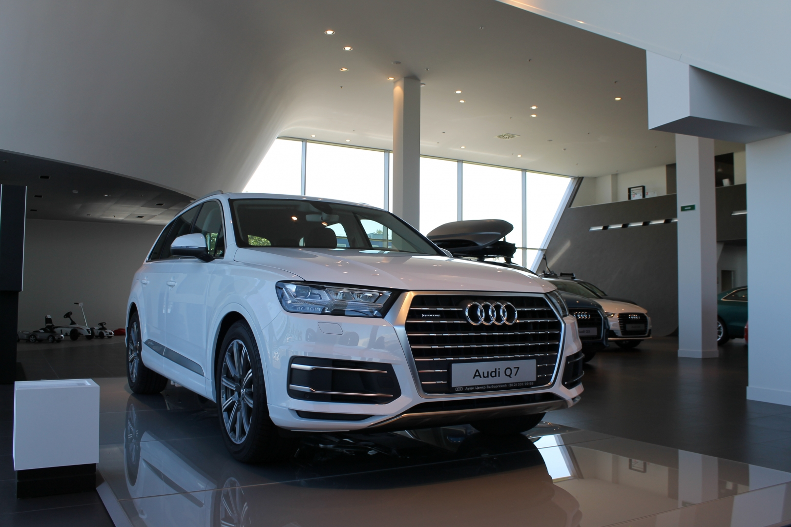 Новый Audi Q7 - уже в Ауди Центр Выборгский!
