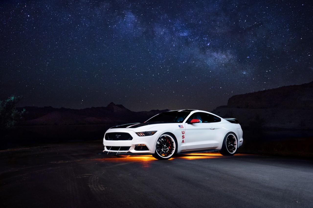 Космический Ford Mustang