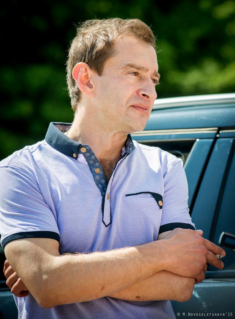"""Птица счастья. О проекте """"Оперение"""", автомобилях и женщинах за рулем - интервью с Константином Хабенским"""