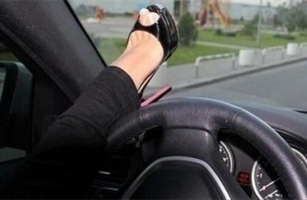 Блондинка на шоссе: часть вторая. Вдали от дома