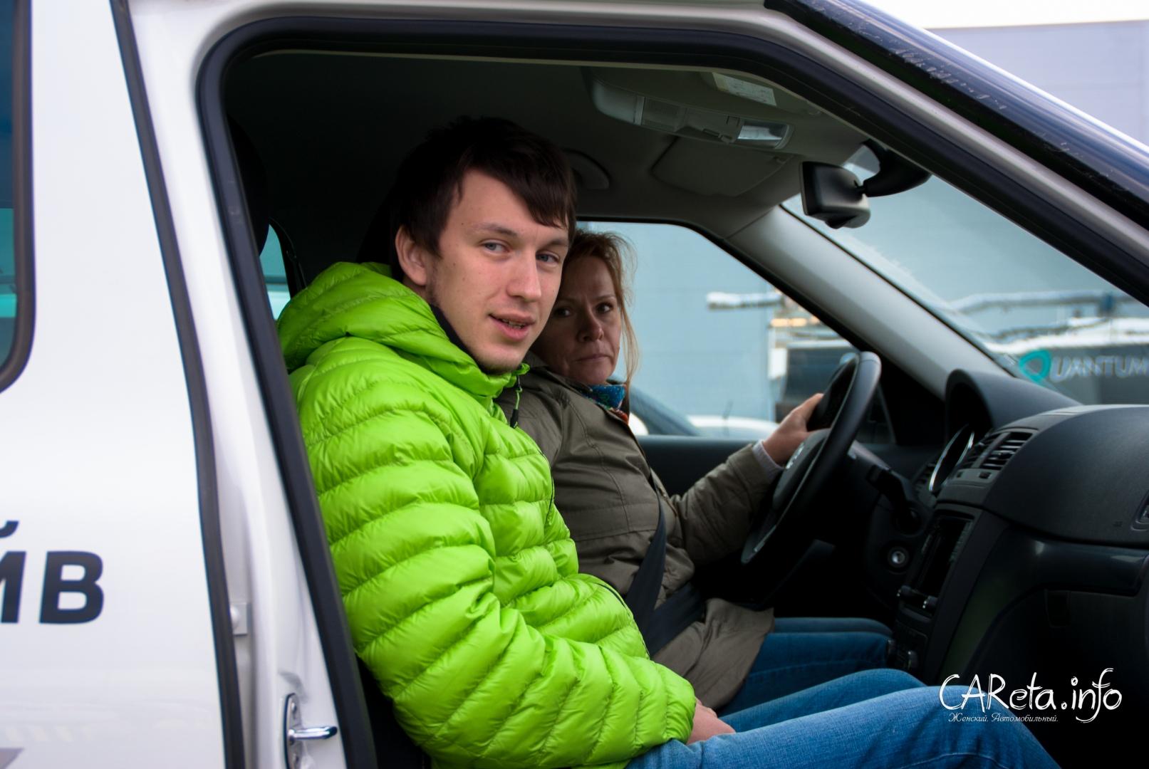 Илья Савин, шеф-инструктор TEST AND DRIVE, уже готов поделиться своим мастерством с клиентами Skoda.