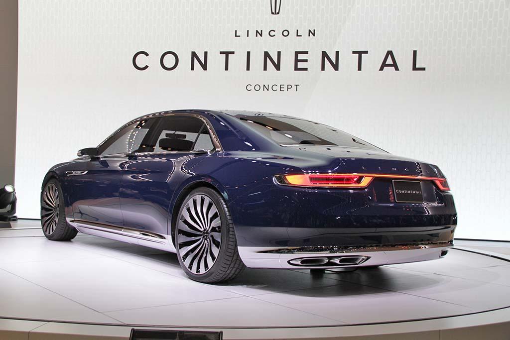 Lincoln-Continental-Concept-rear-3-4