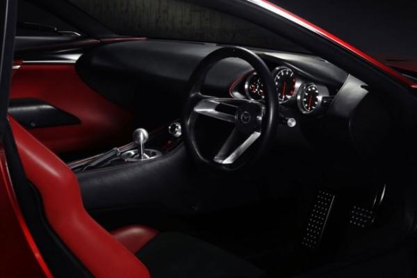 Mazda2 (1)