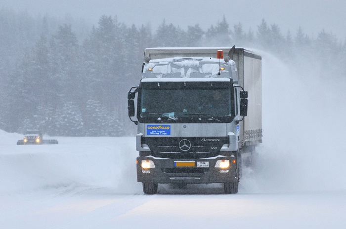 winter_truck_bus_dan4