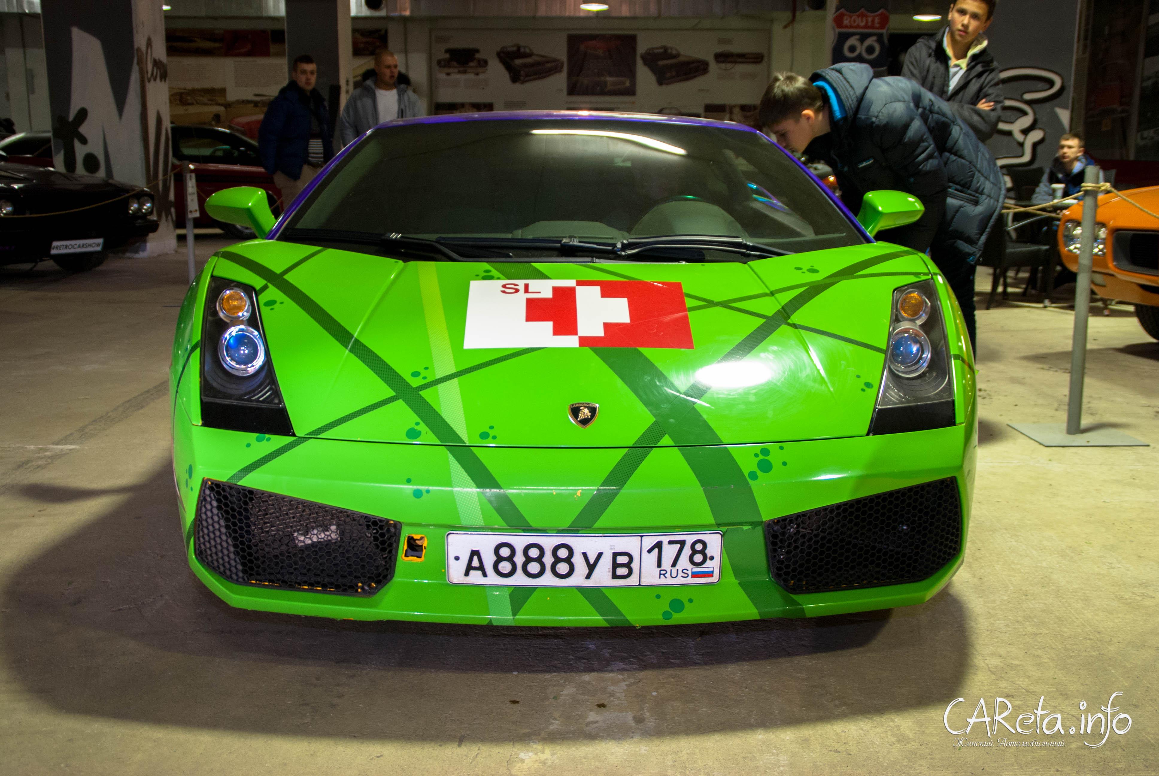Безусловные хэдлайнеры выставки - Lamborghini Gallardo...