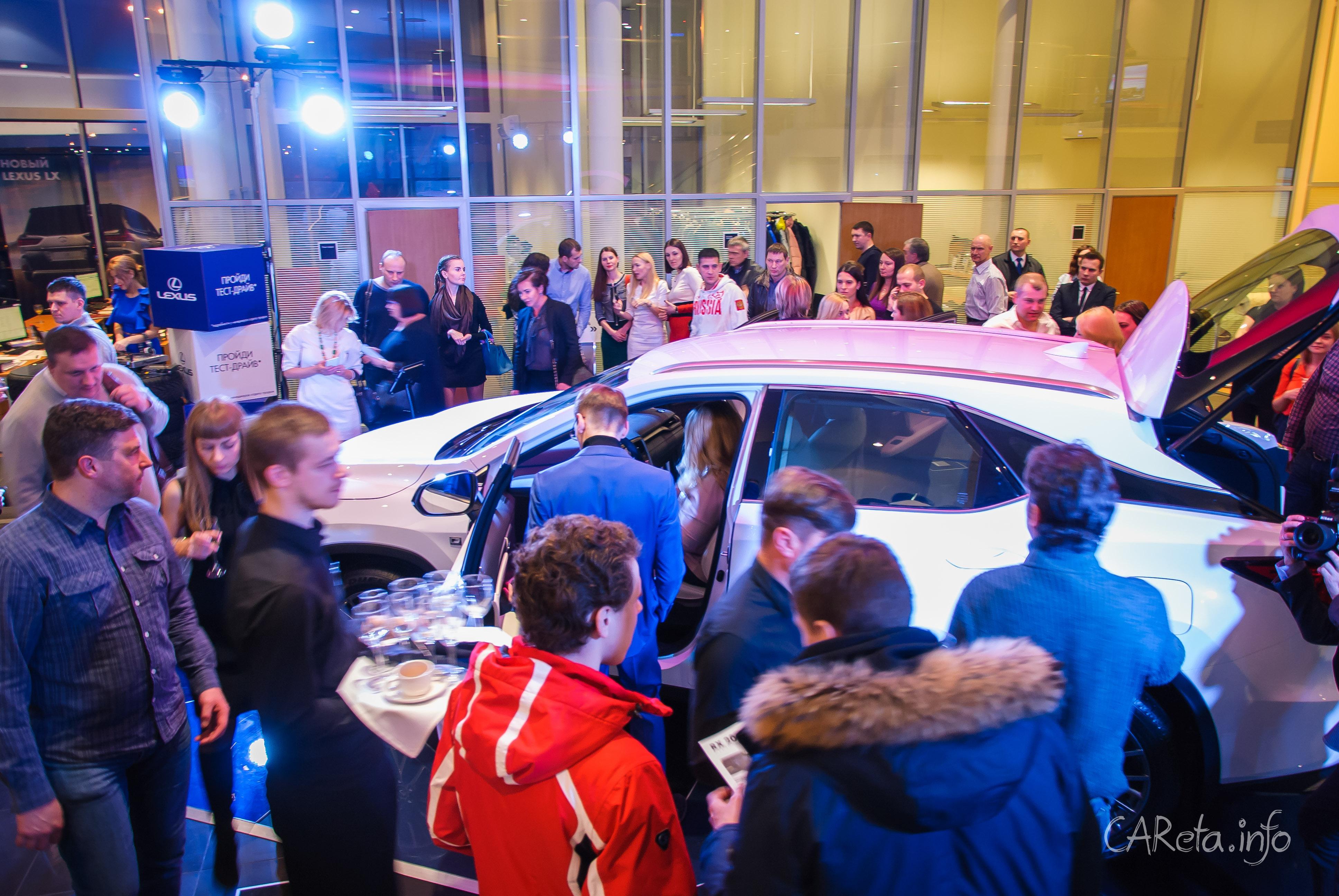 Lexus RX – симбиоз седана и кроссовера