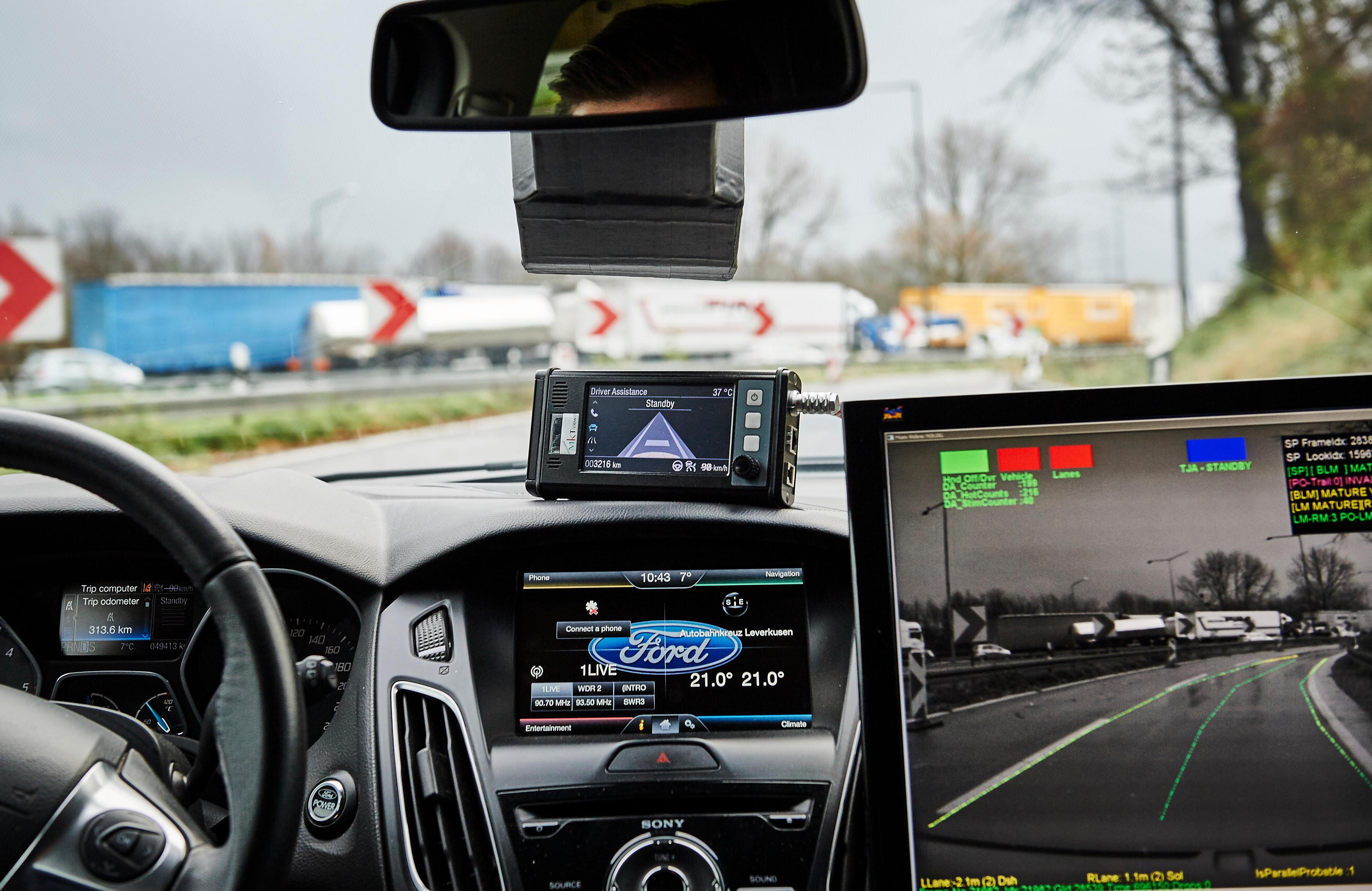 Ford-_TrafficJamAssist_033