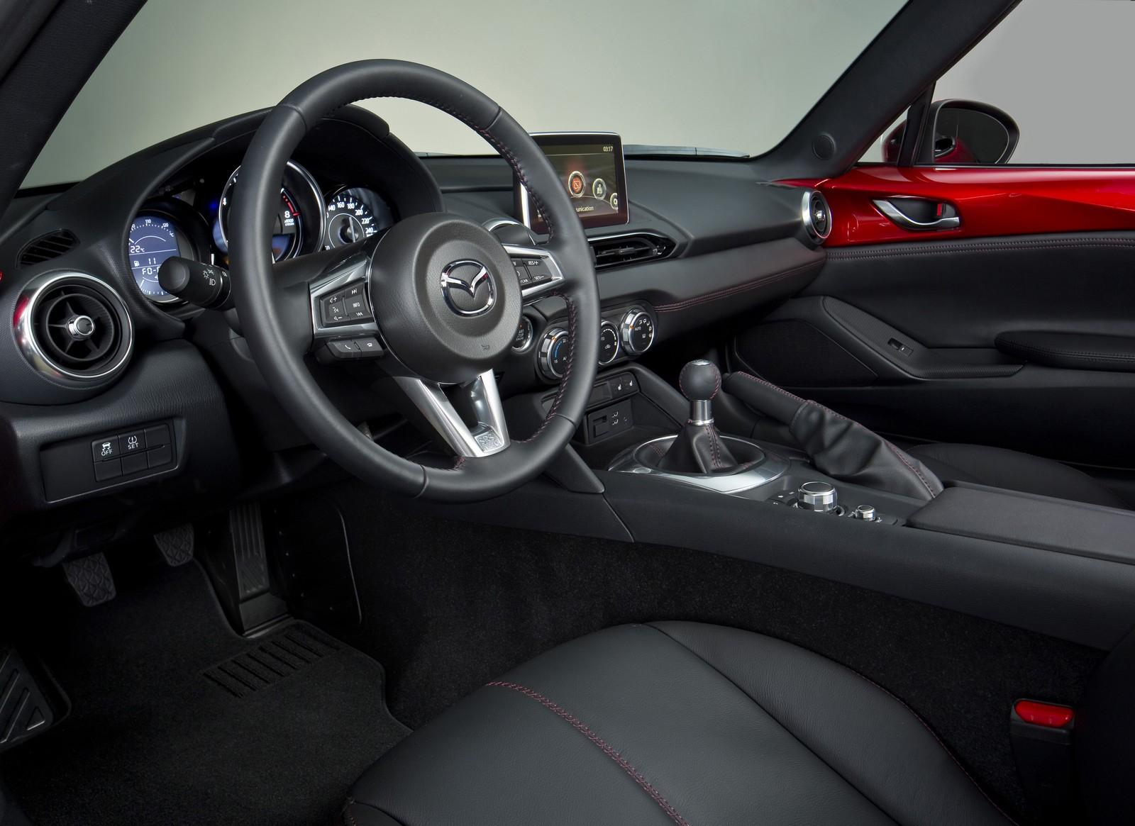 Mazda MX-5 стала Автомобилем года