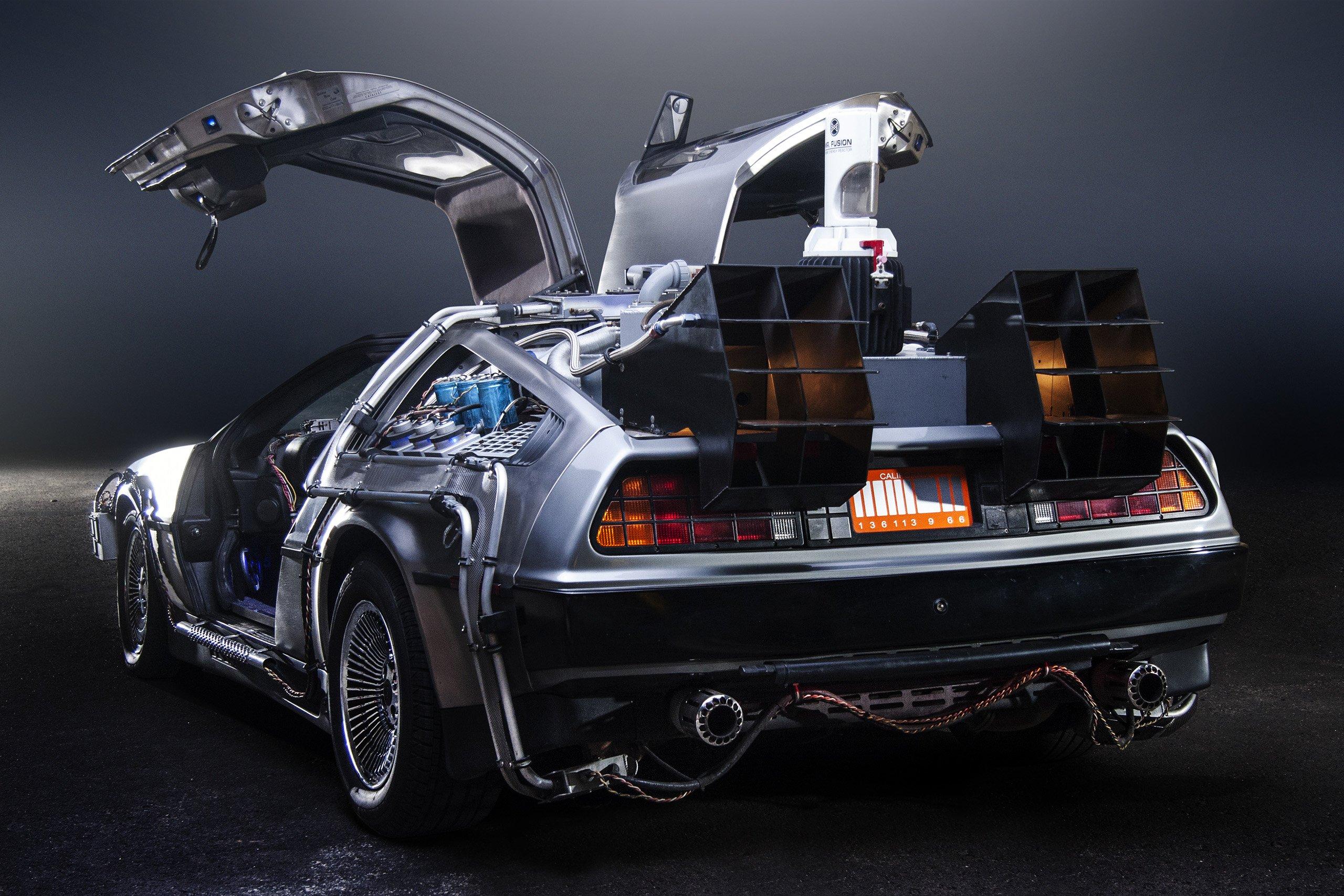 Петля времени: DeLorean снова возвращается