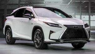 """Lexus - самый продаваемый """"премиум""""!"""