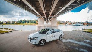 Автомобиль для отчаянных девушек. Тест-драйв LADA Vesta + мини-путеводитель по Великому Новгороду