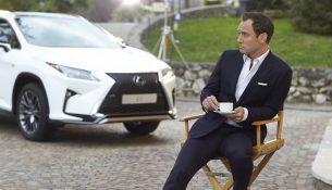 "Lexus и Джуд Лоу попробуют себя в импровизированном онлайн-перфомансе ""On The Road"""
