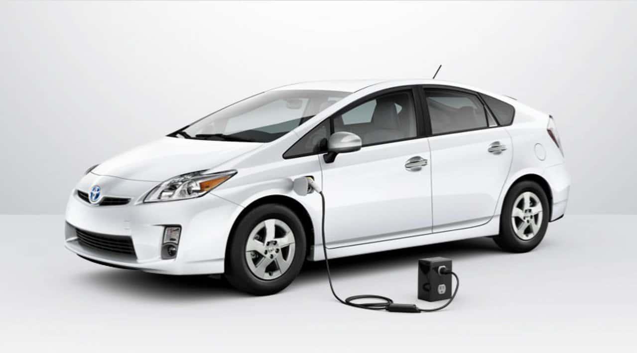 Будущее Toyota - на электротяге