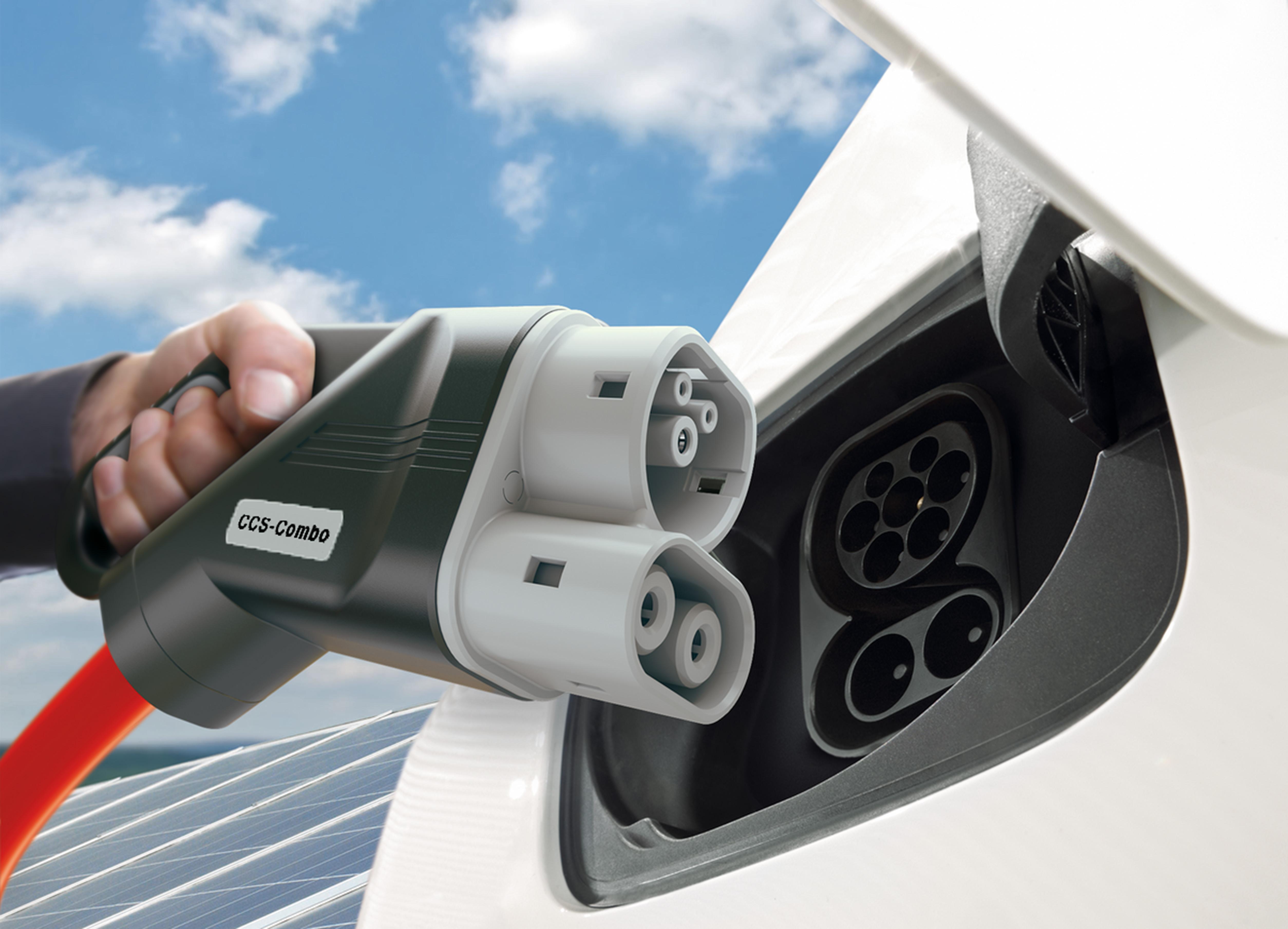"""Взаимопонимание BMW, Daimler, Ford и VW в сети """"электрозаправок"""""""