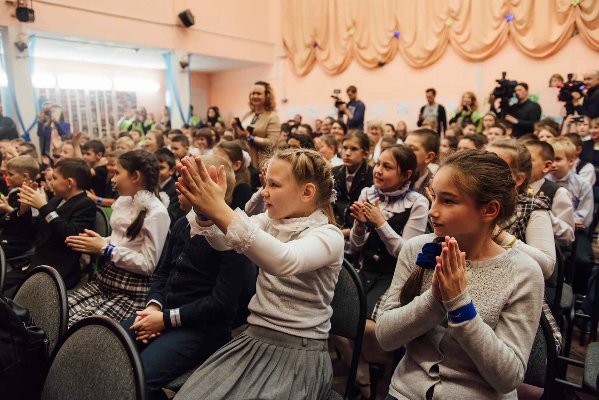 Петербургские школьники стали заметнее на дорогах