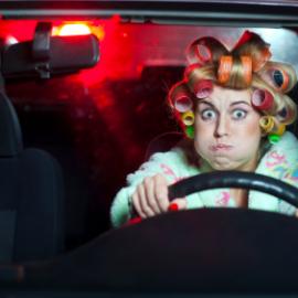 Блондинка в автосервисе: первый раз всегда больно