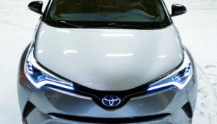 Toyota отзывает CH-R в России