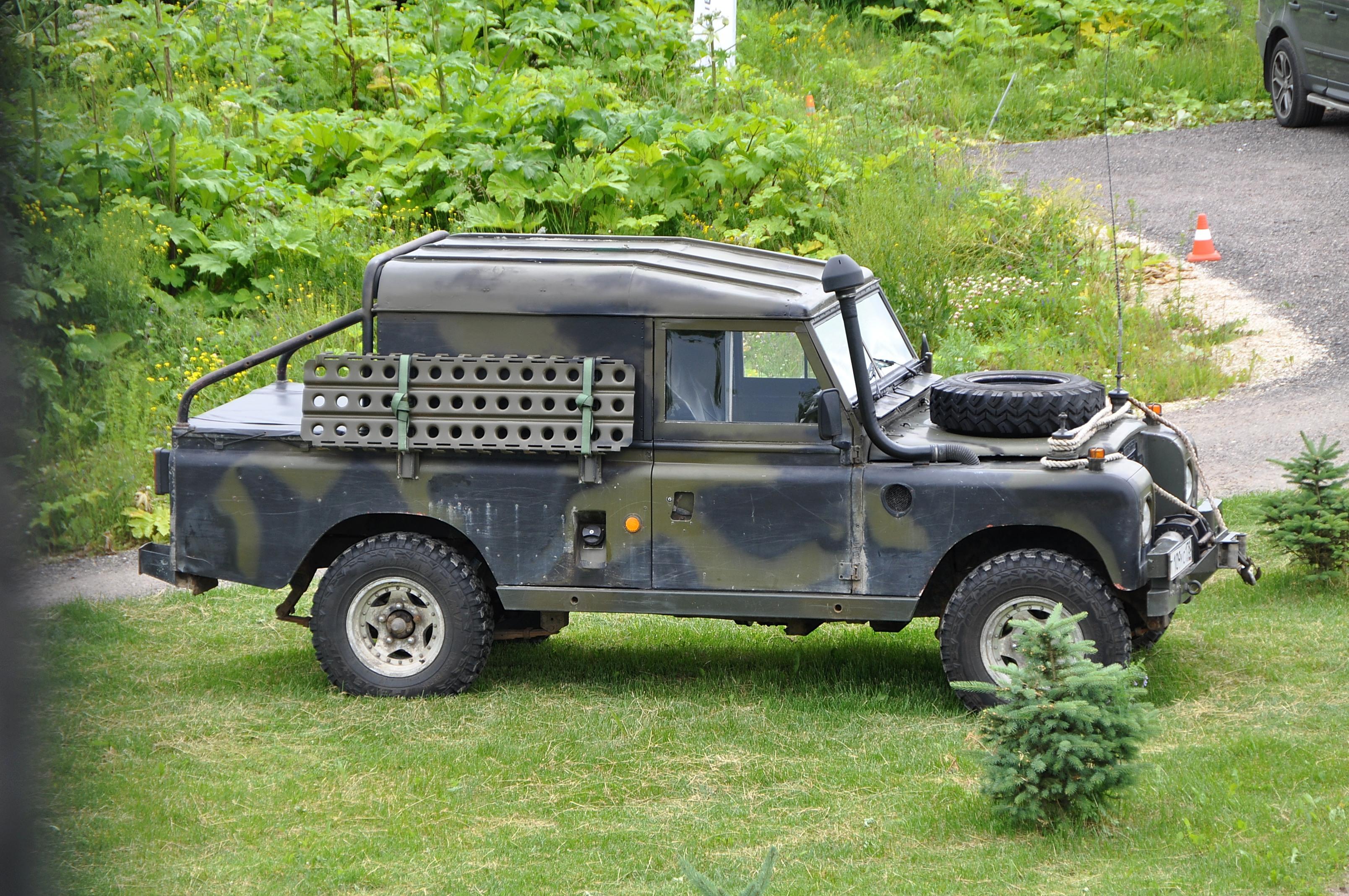 Land Rover Experience отметил годовщину основания Camel Trophy