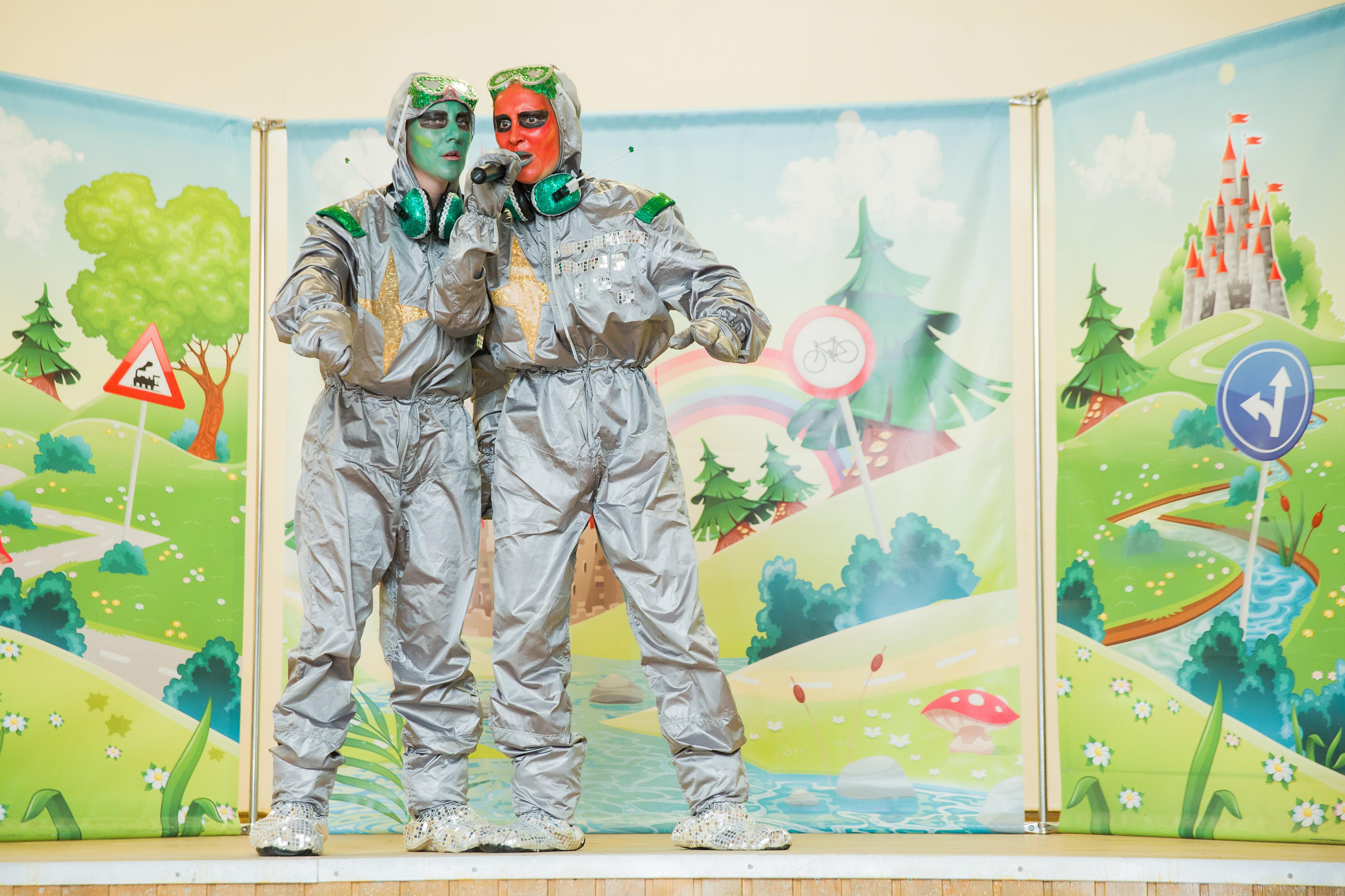 Инопланетяне проведут уроки по ПДД в школах Санкт-Петербурга