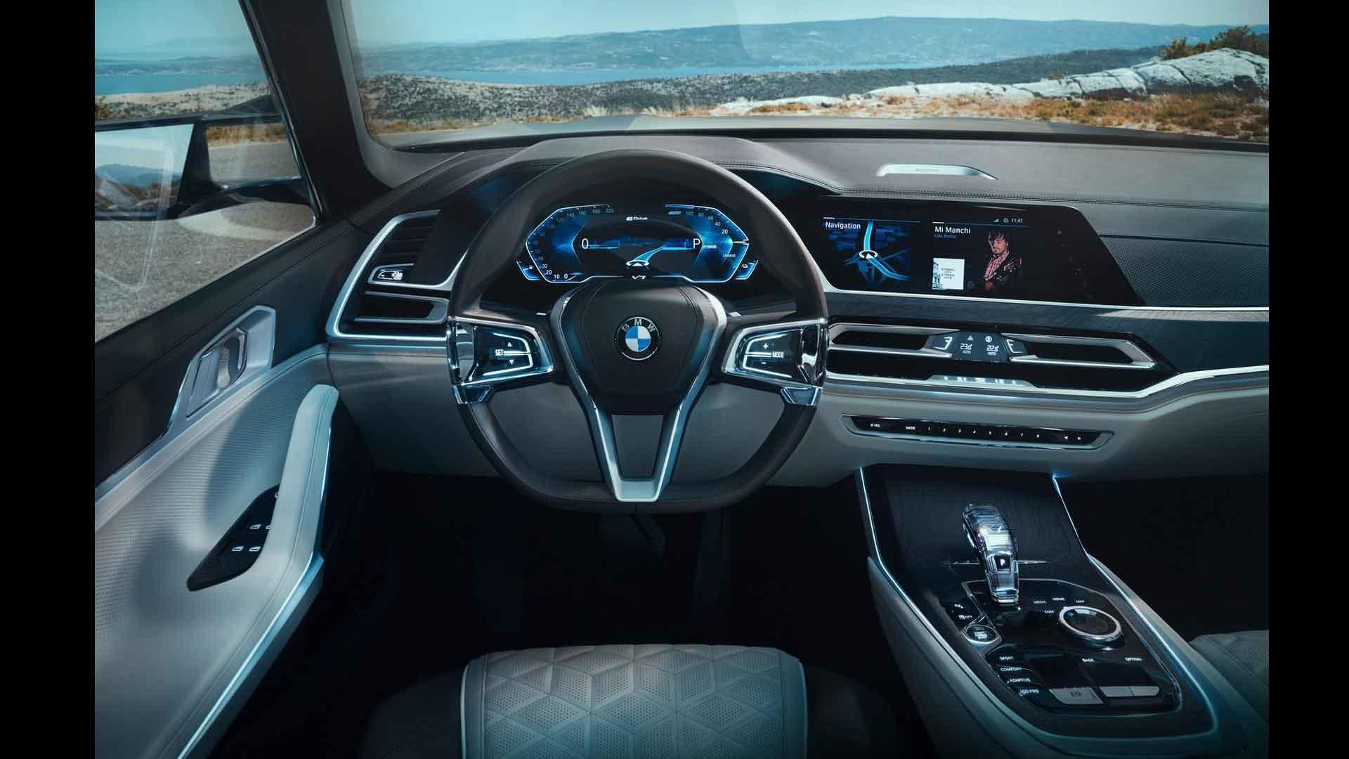 BMW X7 рассекретили. Но это не точно