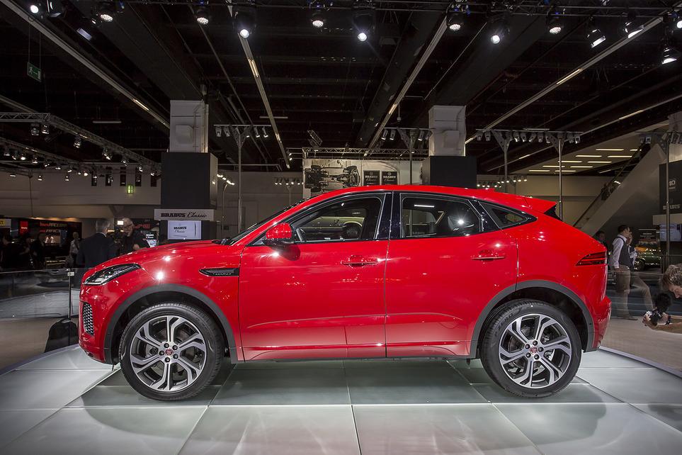 Jaguar E-Pace представлен публично