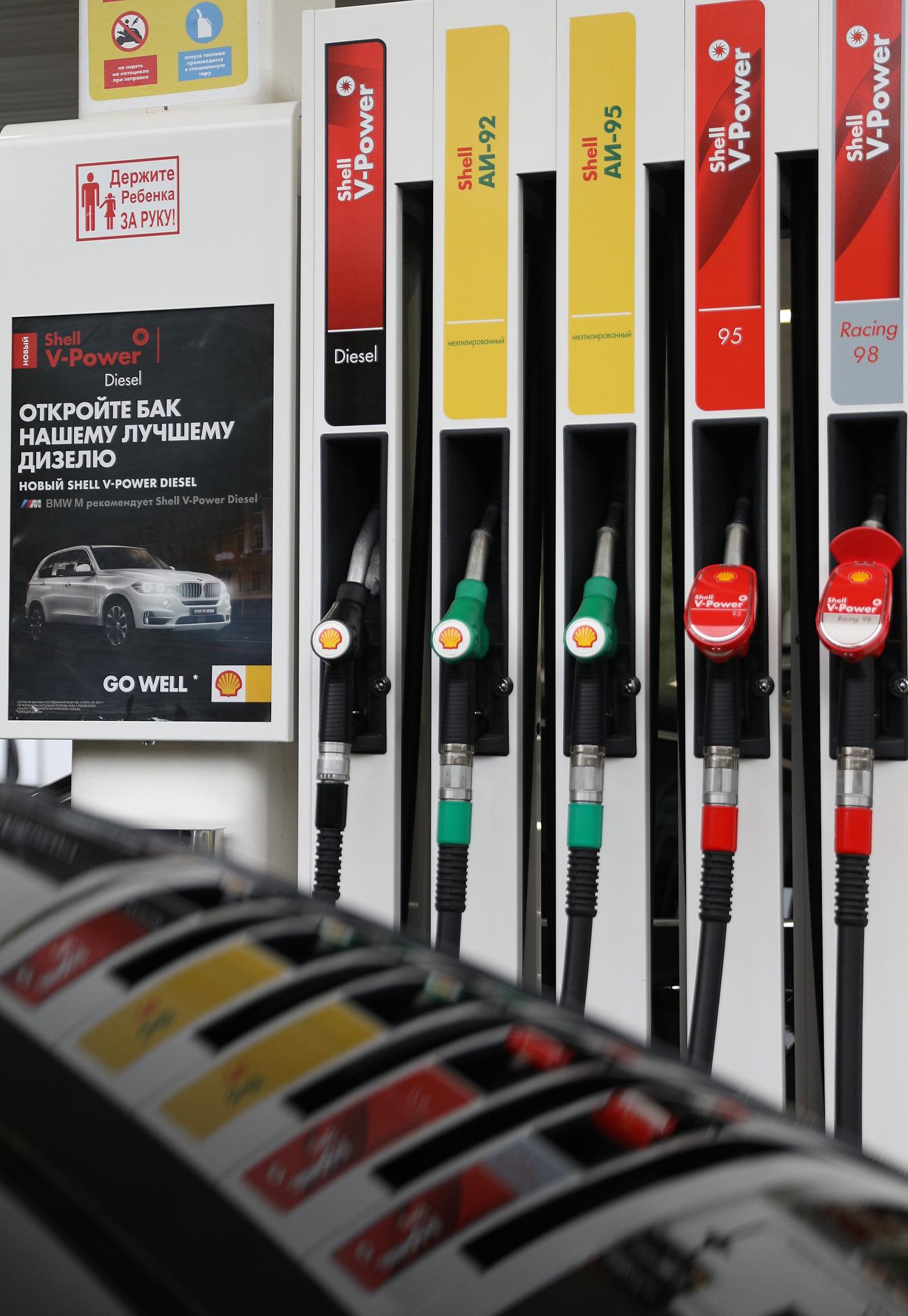 Бензин подорожает с 1 января