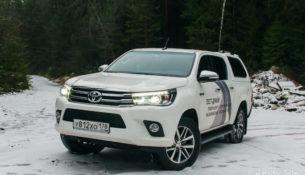Toyota начинает продажу обновленных Hilux и Fortuner