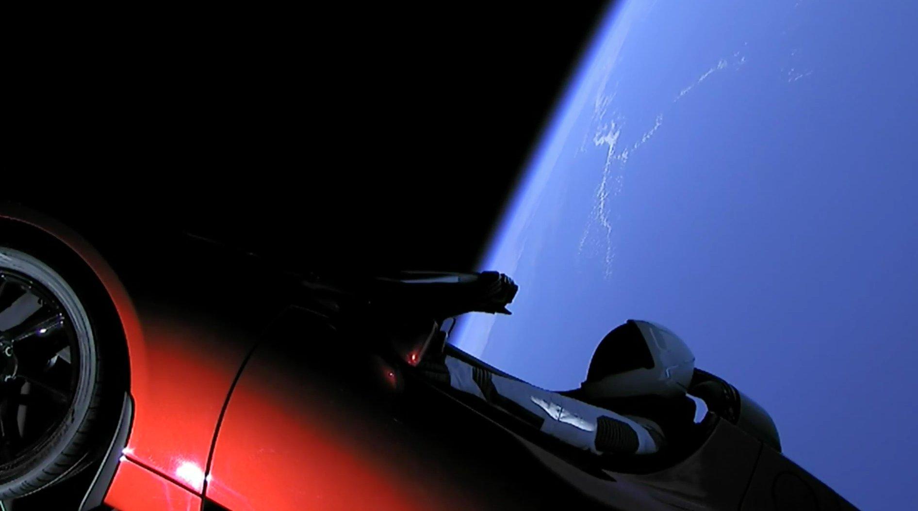 Тесла в космосе: успешный рекламный проект