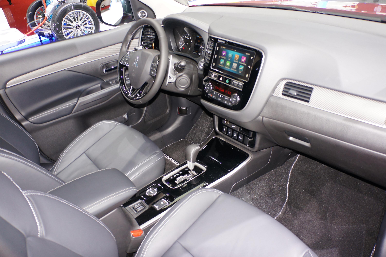 В Россию приедет обновленный Mitsubishi Outlander