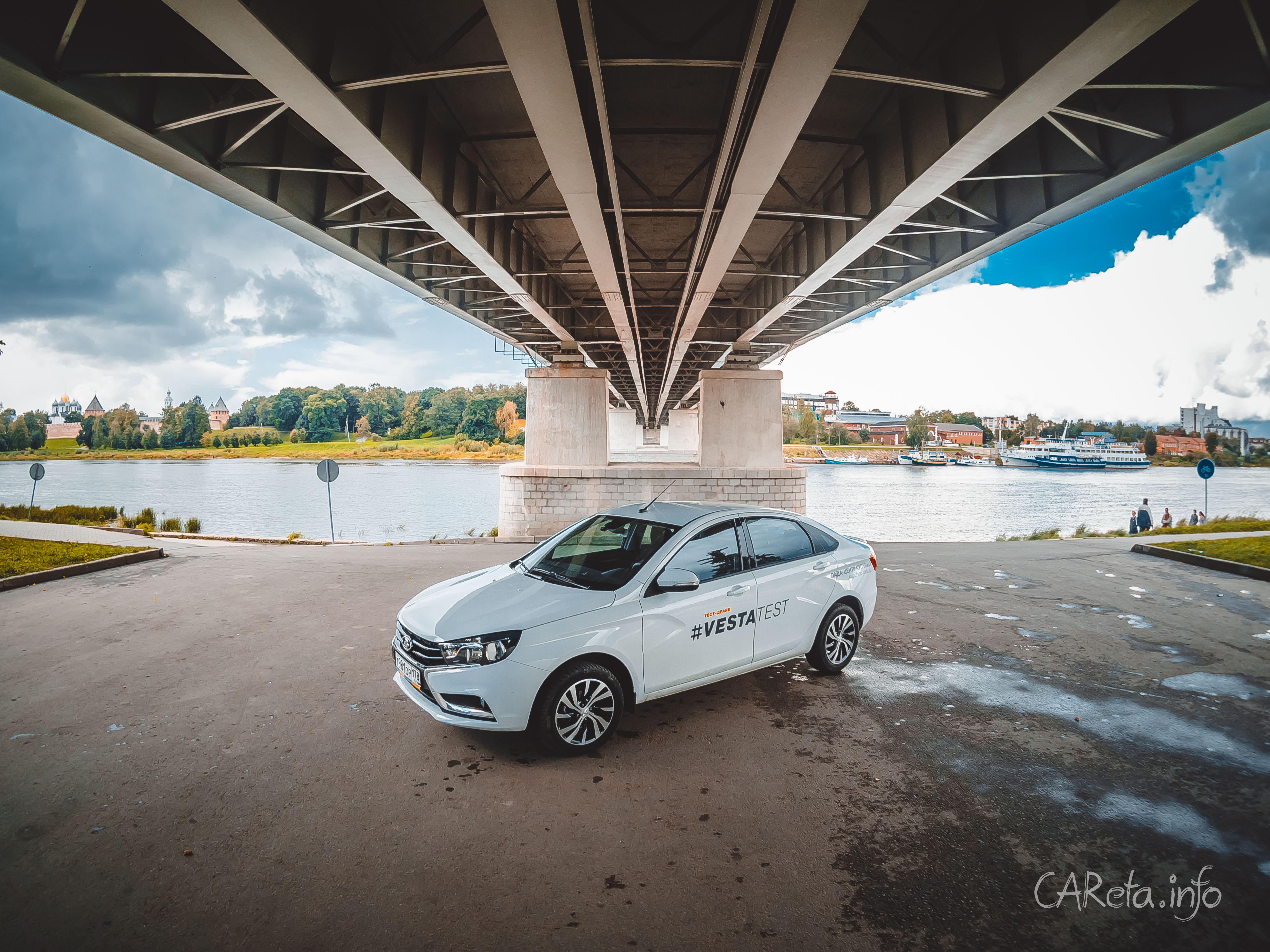 Названы лучшие автомобили года в России