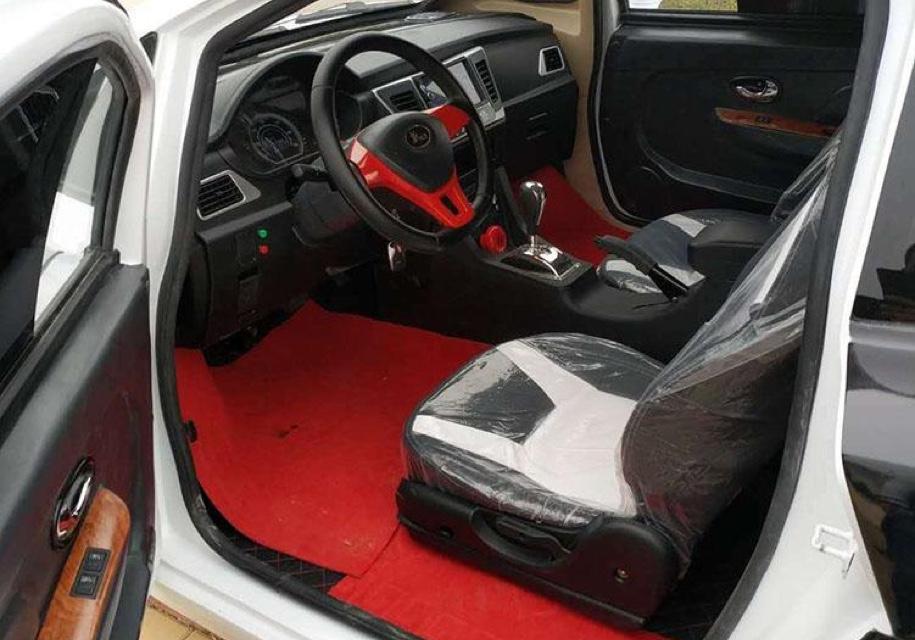 Китайский Bugatti на батарейках