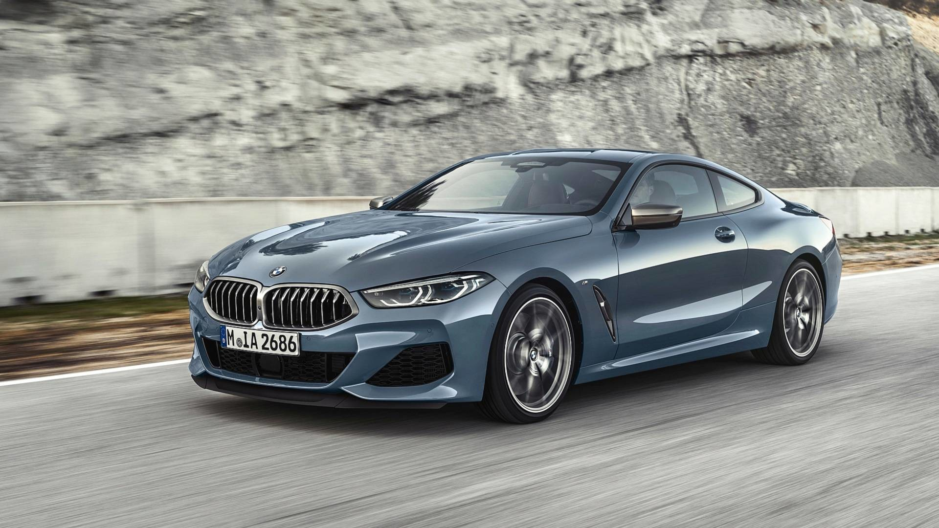 BMW 8 серии - официальные фотографии