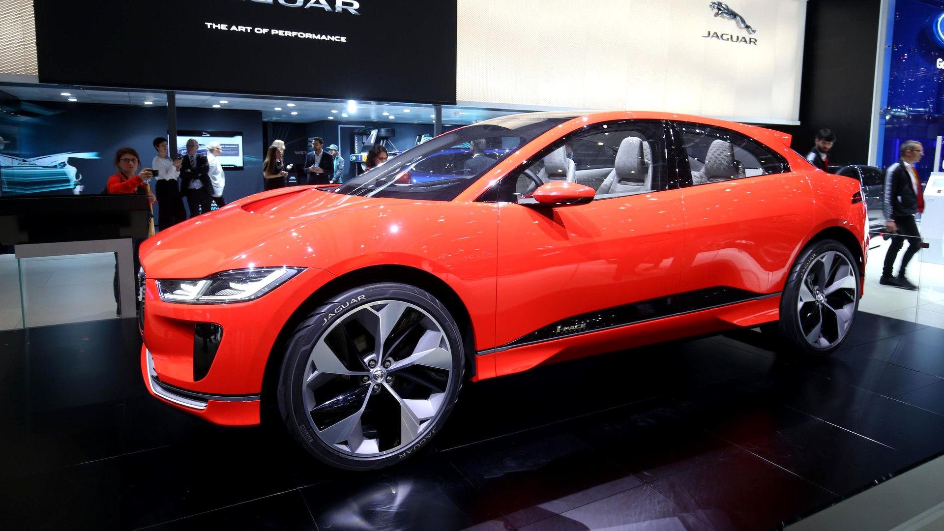 Премьера Jaguar I-Pace в России