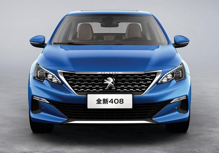 Peugeot 408 обновился (но не у нас)