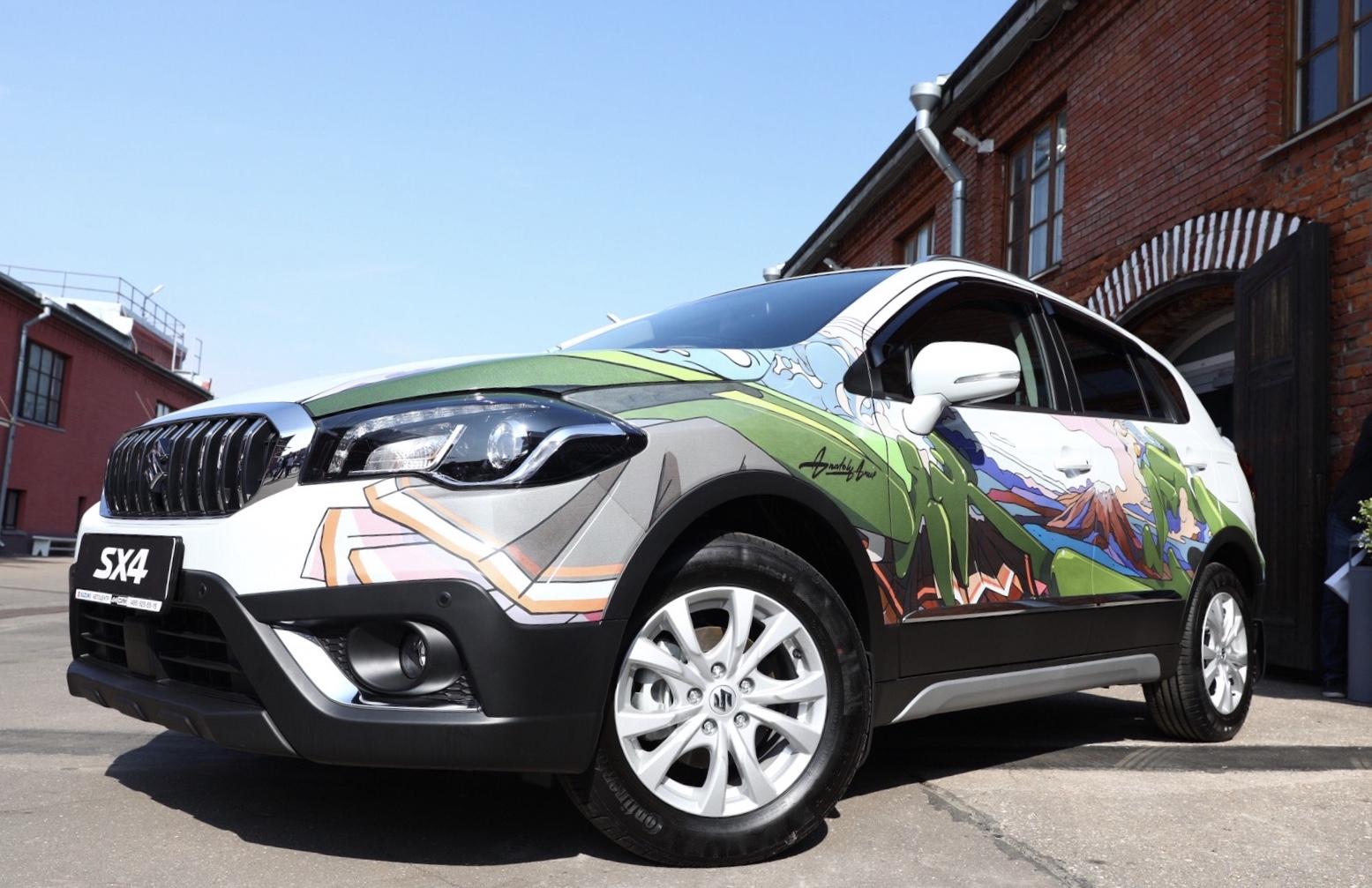 Suzuki представила эксклюзивную версию SX4