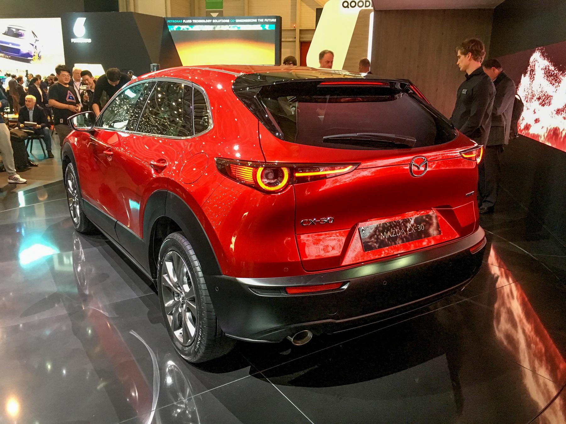 Mazda представила новый кроссовер