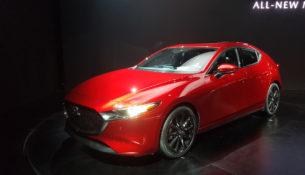 Объявлены российские цены на Mazda 3