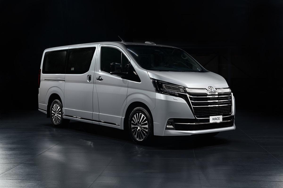Toyota запускает продажи VIP-версии Hiace в России