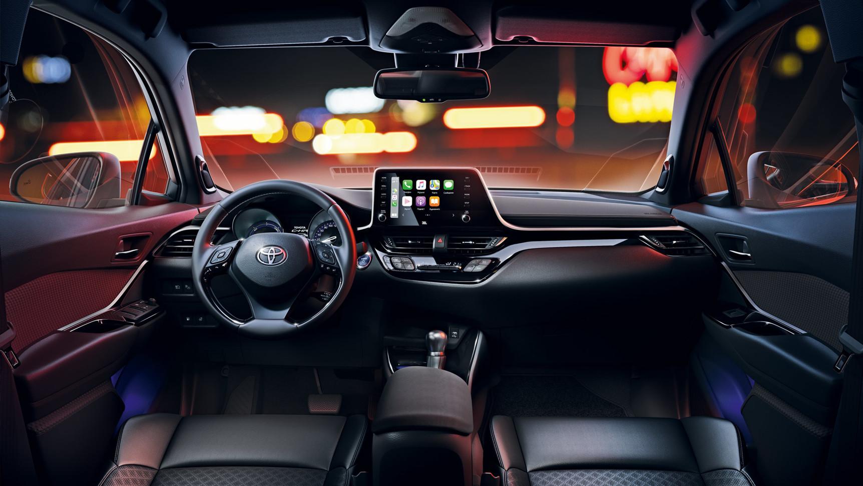 Объявлены цены на обновленную Toyota CH-R