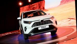 Новые Toyota RAV4 начали собирать в Петербурге