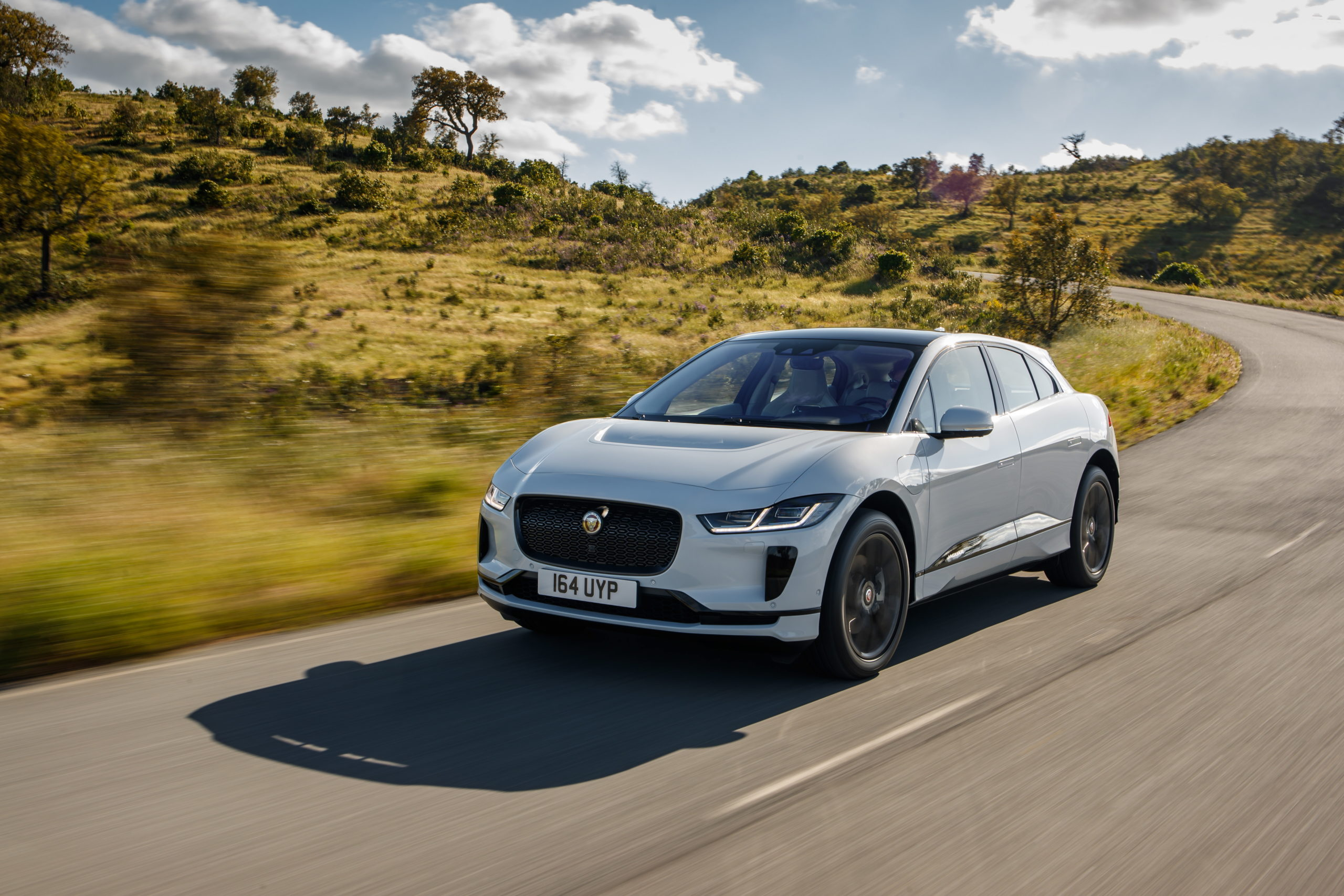 Jaguar и Panasonic провели экологический фототур Eneloop Journey