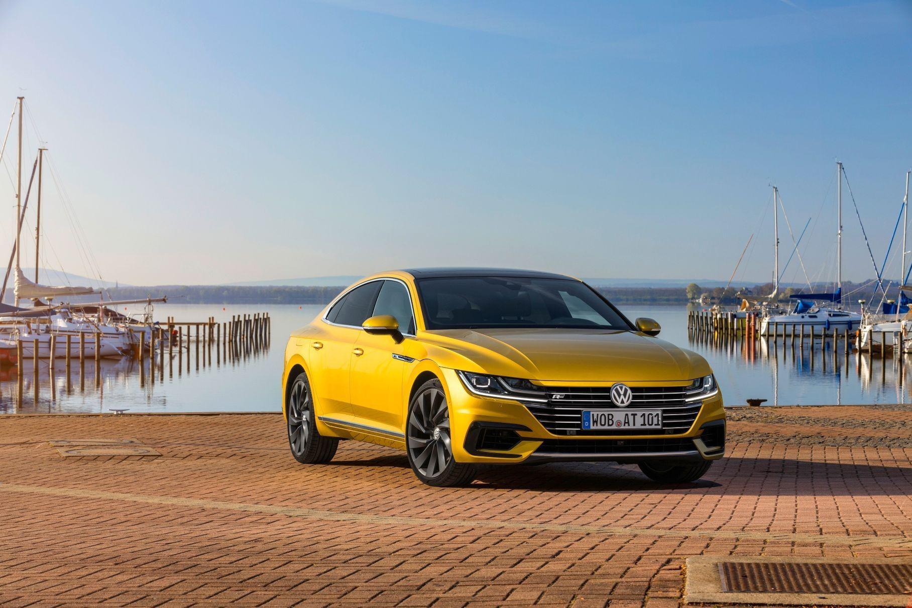Volkswagen Arteon стал доступен в России