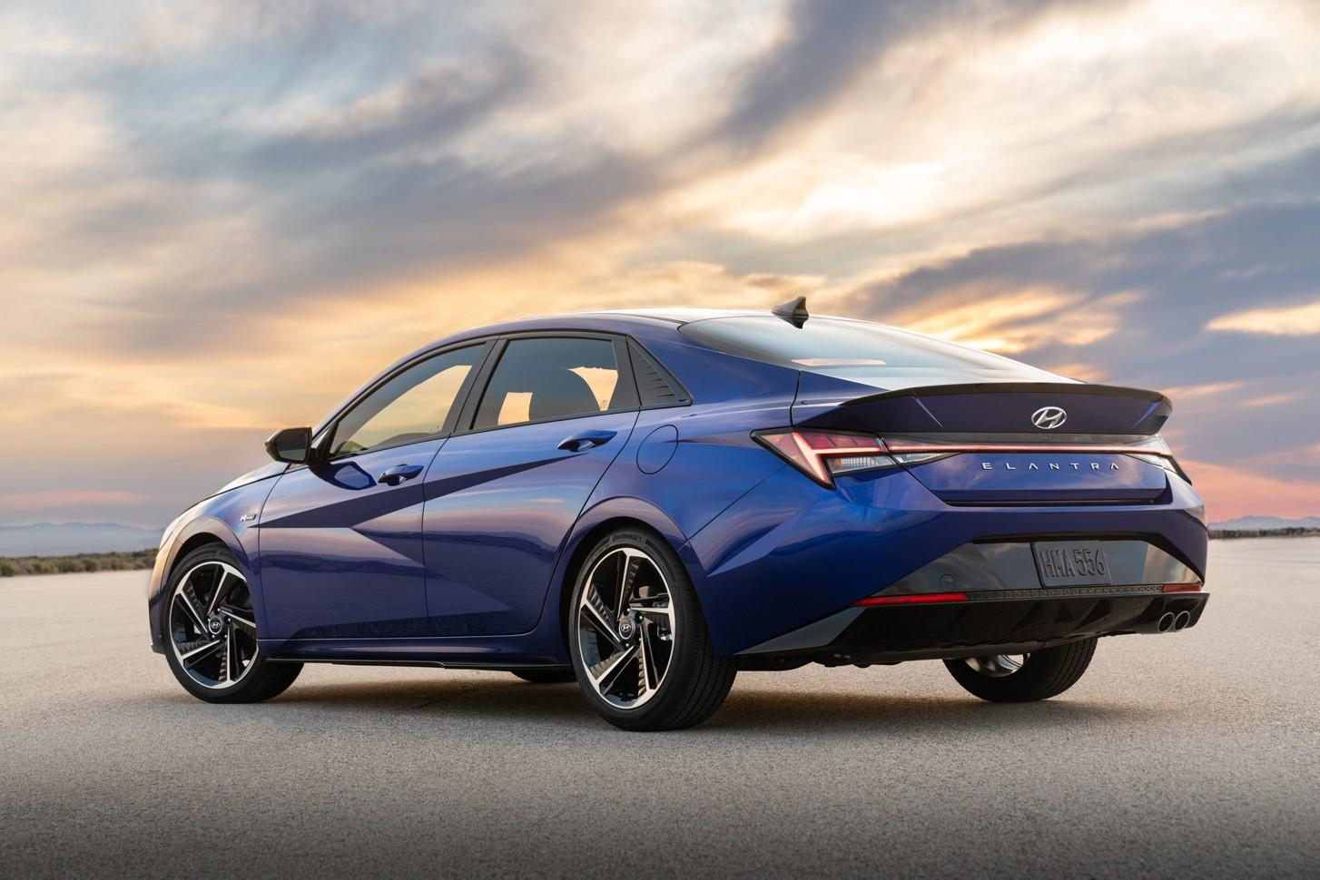 Hyundai представил «заряженную» Elantra N Line