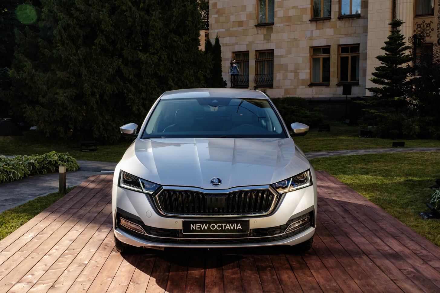 В России начались продажи новой Octavia