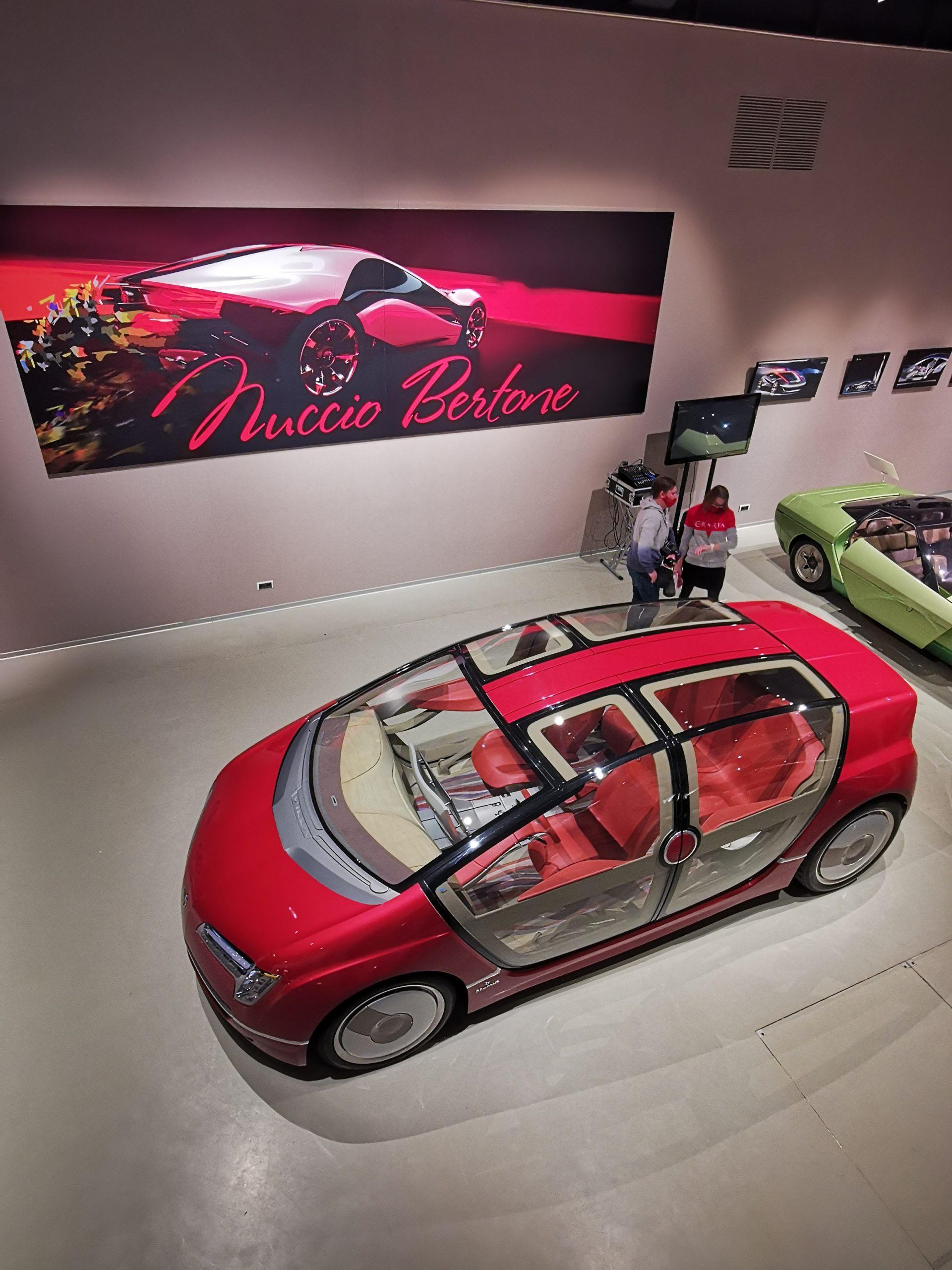 Выставка концепт-каров в итальянском дизайне