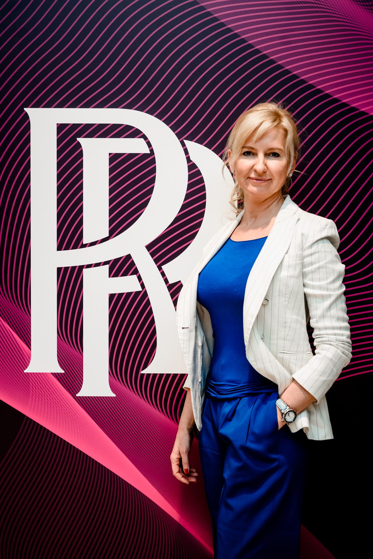 Выставка ROLLS-ROYCE в честь юных дизайнеров в СПб