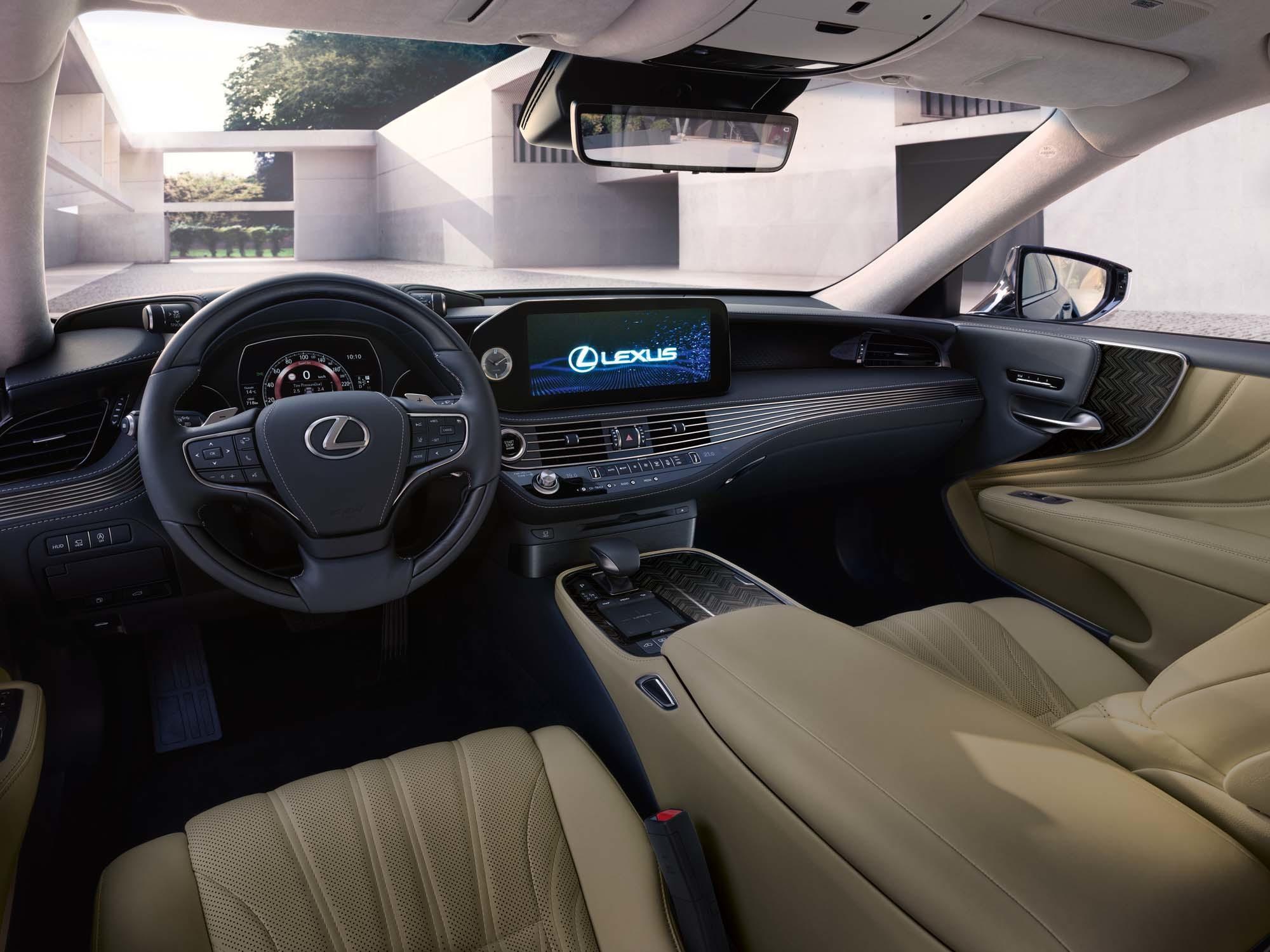Стартовали продажи флагманского Lexus LS