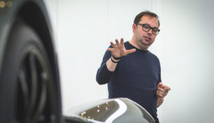Дизайнер Aston Martin перейдет в Dacia